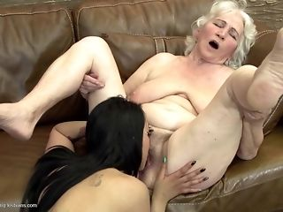 Grandmas display what a real girl/girl fuckfest should glance like unconforming brute knowledge