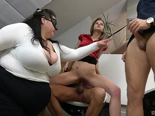 BBW shares the dicks with the skinny trollop in office orgy