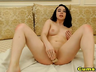 Sexy Teen With Leftist Nipples Fucking Her Pussy
