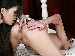Nice Turkish hottie Anya Krey gets her slit teased by lovely lesbian