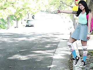 Tommy Gunn banging petite bodied teen Sadie Abb�