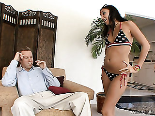 Ivy Winters is a bubbly minx and she has mastered the art of bonking