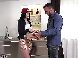 Pizza delivery girl gets analfucked extremely hard by strong turned on ray