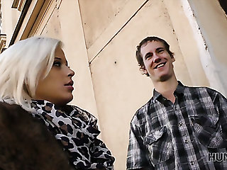 Inefficacious cuckold BF watch the way superb blonde GF gives a willing blowjob