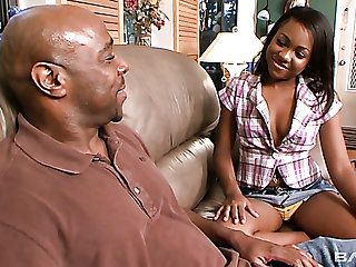Horn-mad black little one Minnie Crush lures bald booked stud to drag inflate his BBC