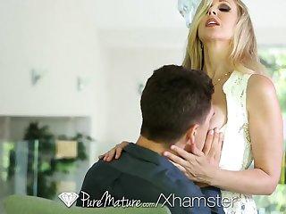 HD - PureMature Hot Milf Julia Ann loves a big dick
