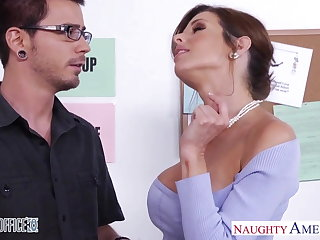 Stockinged Veronica Avluv fuck in the office