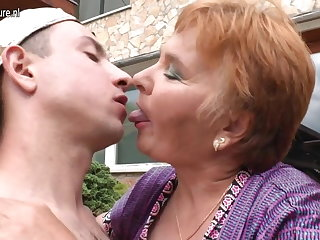 Old granny fucks the brush toy boy